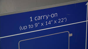 United Luggage by United Airlines Enforces Carry On Bag Size Restrictions Nbc 5