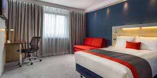 Bedroom Design Studios Potters Bar Holiday Inn Express London Watford Junction Hotel By Ihg