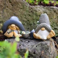 mr mrs summer hat garden gnome ornaments in resin