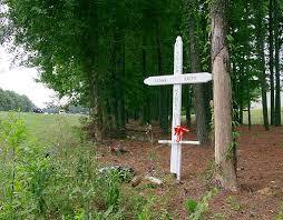 memorial crosses for roadside reggie redd roadside memorial cross
