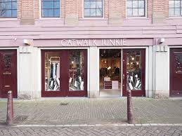 canal district amsterdam guide