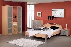welche farbe fürs schlafzimmer schlafzimmer warme farben marikana vorgesehen für welche farben