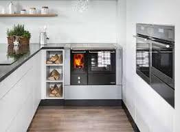 holzherd küche holzherd ursprünglich kochen und backen