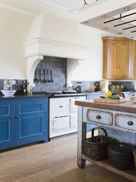Blue Kitchens With White Cabinets Best 25 Country Cottage Kitchens Ideas On Pinterest Country