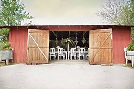 Smithville Barn Austin Wedding Florist Brendaabbott Net Austin Wedding