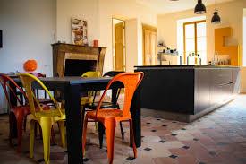 chaises color es table et chaises de cuisine design great chaise cuisine magic