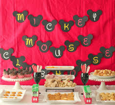 Mickey Mouse Table by Mickey Mouse Clubhouse Party Ideas U0026 Free Mickey Mouse Printables