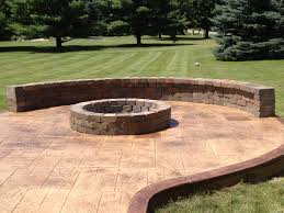 Covering Old Concrete Patio by Best 25 Stamped Concrete Patios Ideas On Pinterest Stamped