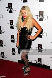 Makeup Artist In Las Vegas Nv Holly Madison Throws A 21st Birthday Party For Angel Porrino