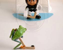 photos of live frogs really by frogfun on etsy