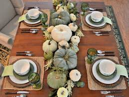 table setting runner and placemats 27 cozy and eye catching thanksgiving table settings shelterness