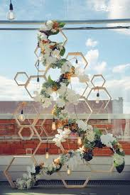 Wedding Backdrop Trends This Geometric And Floral Backdrop Perfectly Pairs Modern And