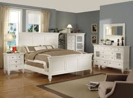 Queen Bedroom Set With Desk Shannon 4 Piece Queen Bedroom Set White Levin Furniture