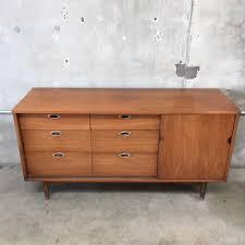 Hooker Credenza Mid Century Dresser Credenza By Hooker Emainline U2013 Urbanamericana