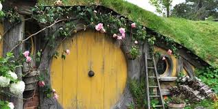 real hobbit house here s your chance to rent a real life hobbit house in the english