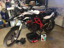 how to adjust your bmw f800gs chain tension in a few minutes