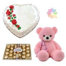 kg heart shape vanilla cake with 24 pcs rocher ferrero chocolates