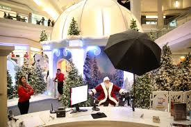 Woodfield Mall Thanksgiving Hours Photo Gallery Santa Claus Visits Woodfield Mall Chicago Tribune