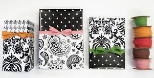 sided wrapping paper creative gift wrapping ideas using reversible wrapping paper