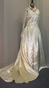 candlelight wedding dresses 1950s bridal gown vintage wedding dress candlelight satin lace