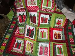 899 best christmas quilts appliques stitchery and pillows images