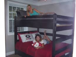 Custom Bunks Bunks N US - Queen bed with bunk over