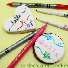black edible marker how to use food coloring pens to decorate cookies and marshmallows