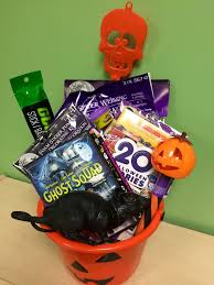 Best Halloween Gifts Halloween Gifts 25 Best Halloween Gift Baskets Ideas On Pinterest