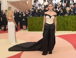 emma watson u0027s met gala gown was made from recycled plastic ny