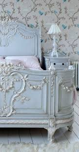 25 best chalk paint bed ideas on pinterest chalk paint colors great idea for chalk paint