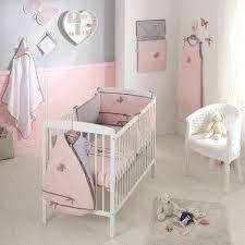peinture bio chambre bébé chambre chambre bébé gris et couverture satin de coton bio