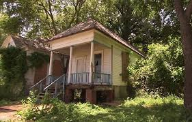 Fixer Upper Show House For Sale Fixer Upper U0027 Tiny Home In Waco For Sale At 950 000 Daily Mail
