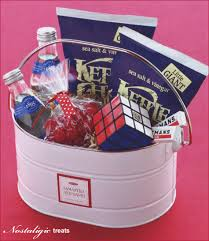 Welcome Baskets For Wedding Guests Creative U0026 Gracious Gifts For Guests Hostess With The Mostess