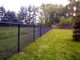 privacy fence ideas for chain link home u0026 gardens geek