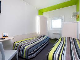 chambre d h e chamb駻y hôtel à chambery la motte servolex hotelf1 chambéry nord