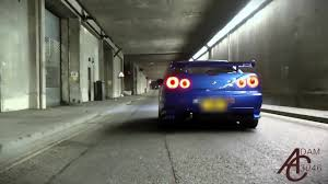 skyline nissan r34 nissan skyline r34 gtr revs and launch in tunnel coub gifs
