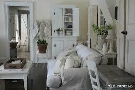 Farmhouse Sitting Room - farmhouse 5540 farmhouse living room