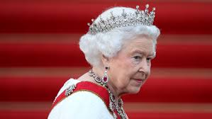 Queen Elizabeth 2 Queen Elizabeth Passes Victoria As Longest Reigning Monarch