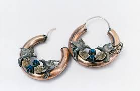 frida earrings a look at frida kahlo s personal belongings revealed and