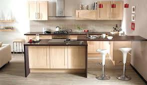 cuisine et couleurs cuisine couleur bois en plan de travail noir oldnedvigimost info