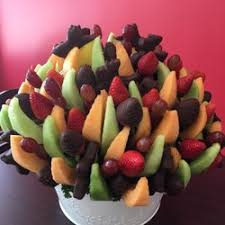 edible arragement edible arrangements chocolatiers shops 4365 w sw rd