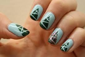 christmas tree nail art design idea