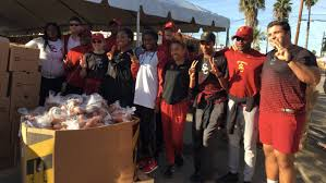 trojans put the give in thanksgiving usctrojans