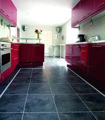 quel sol pour une cuisine dalle de sol cuisine moderne avec quel sol pour la cuisine viving et