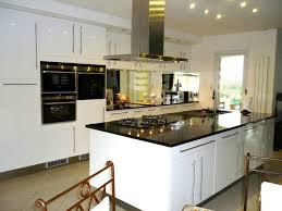 cr ence en miroir pour cuisine cuisine finie avec crédence photo de dans ma cuisine les délices