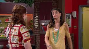 selena gomez from wizards of waverly place 2011