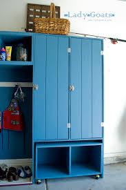 Entryway Locker System Ana White Modular Family Mudroom Double Locker Hutch Diy