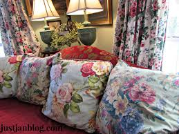 styling your sofa justjanblog