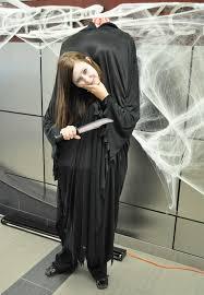Contest Winning Halloween Costumes Halloween Contest Head Shoulders Win