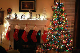 Fireplace Holiday Decorating Ideas Charm Mantle Garland Decorations Mantel Decor Mantel Garland